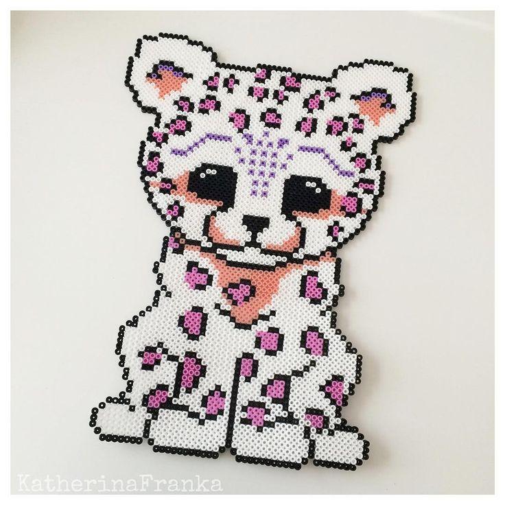 Leopard hama beads by katherinafranka Más