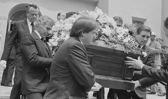 Funeral- Rita Hayworth...