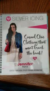 Lobster Tails and Vinegar: Erin Condren Life Planner #lifeplanner #erincondren #organize #getorganized #couponcode #beautiful #plan