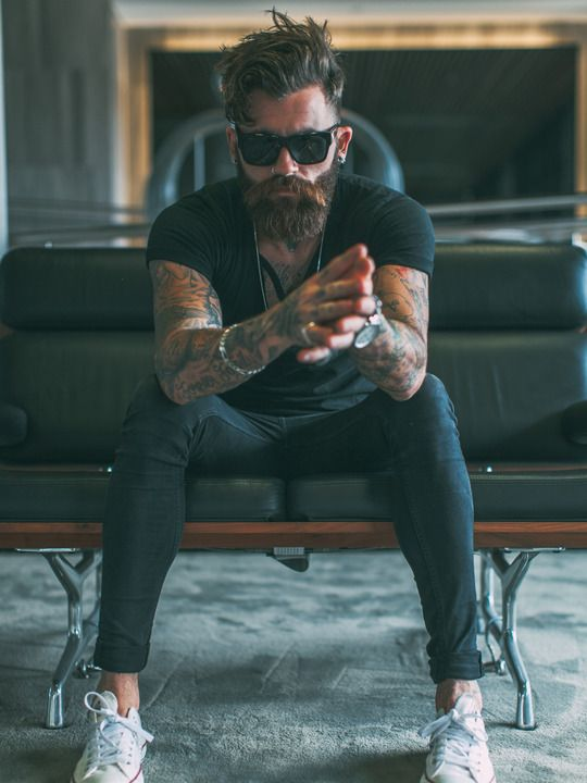 Chris Perceval dense beard