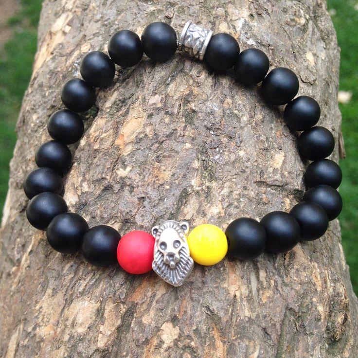Sarıyla Kırmızı özel tasarımı, doğal parlak sarı, kırmızı, siyah taşlı, aslan figürlü üç renk erkek bileklik. 24,99TL