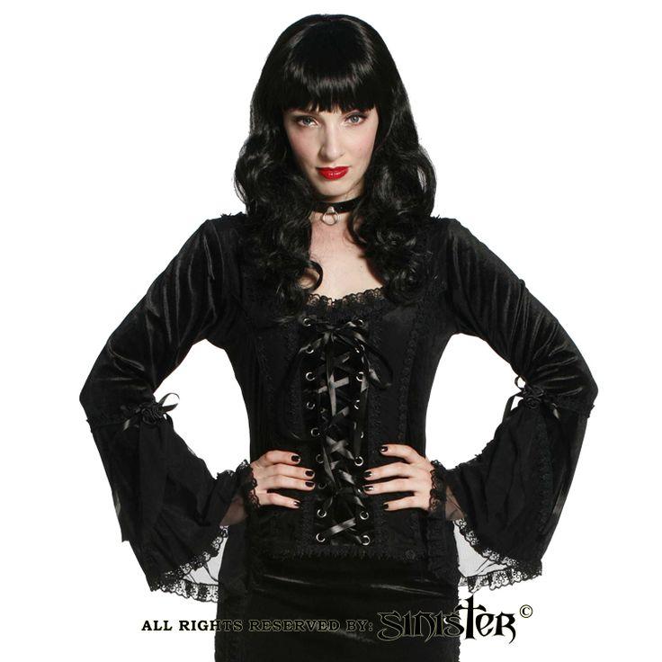 Black velvet gothic top by Sinister (Top 579) www.sinister.nl