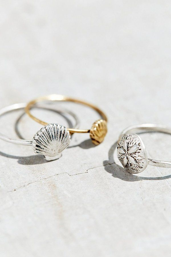 Dainty seashell and sand dollar rings