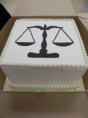 Scales of justice cake