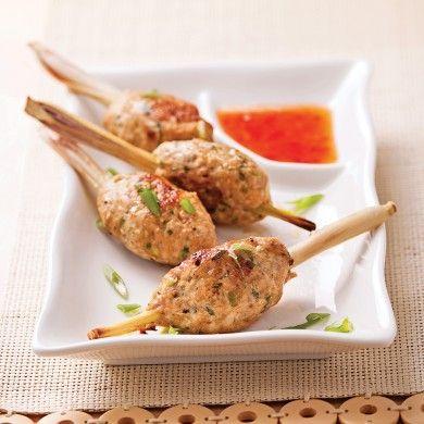 Bouchées de poulet sur bâton de citronnelle - Recettes - Cuisine et nutrition - Pratico Pratique