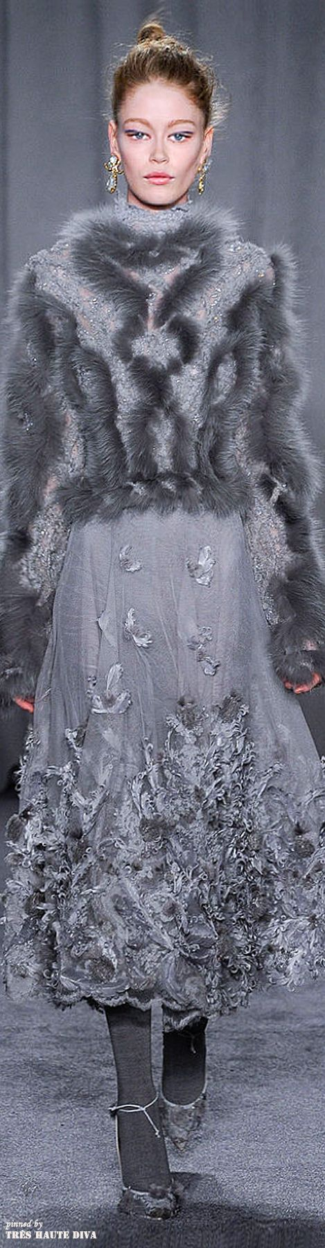 Marchesa Fall/Winter 2014-15 - stunningly beautiful but I wish it was fur free. :(