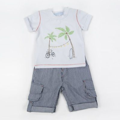 This cute set is sure to be staple of your boy's wardrobe this summer!