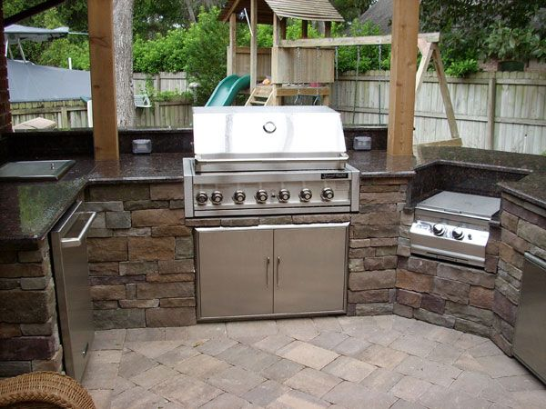 Prepossessing handsome summer kitchen designs kitchen for Outdoor summer kitchen ideas