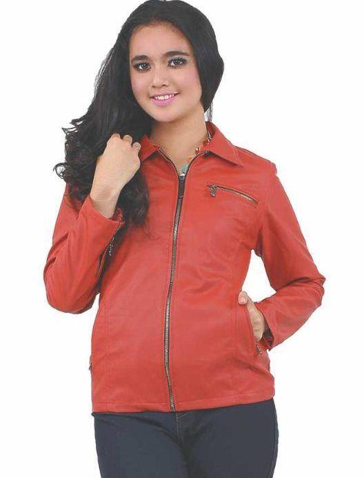 Jaket Cewek Red Ferari produk berkualitas dengan bahan yang ringan dan lembut sangat cocok untuk cewek yang ingin tampil keren dan trendy. Sesuai untuk cewek yang aktiv dan dinamis. #Jaket #Cewek
