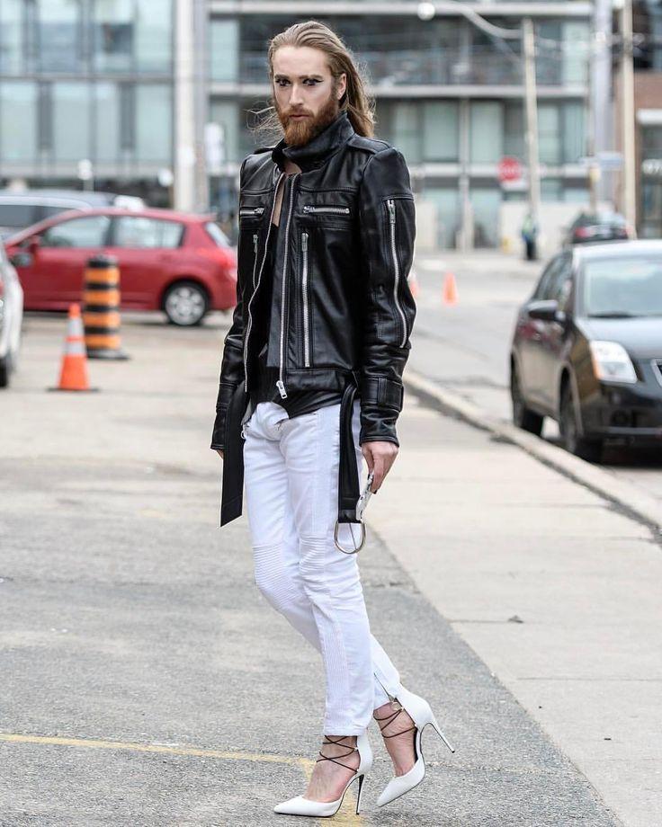 """Gefällt 73 Mal, 4 Kommentare - Boys in heels (@boysinheels) auf Instagram: """"Absolutely in love with this man @mylessexton  #gaylondon #gaystilettos #gayfashionist #stilettos…"""""""