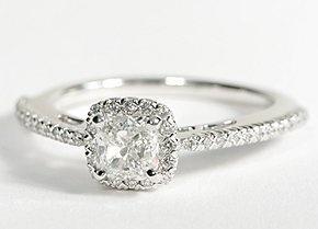 so pretty!: Engagement Ring, Halo Diamond