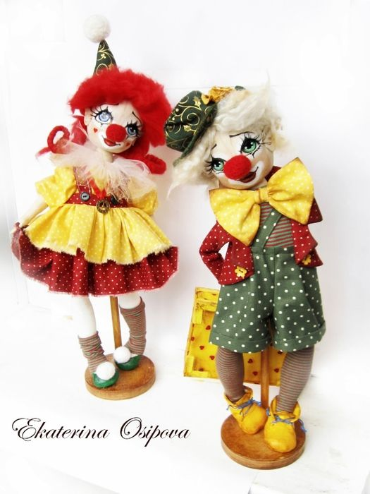 Catalina Doll Osipova (6) (525x700, 203Kb) I don't usually like clowns, but these are so cute.
