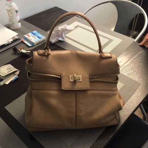 Max Mara Margaux tote Great bag from 4 years ago! Max mara Bags Totes