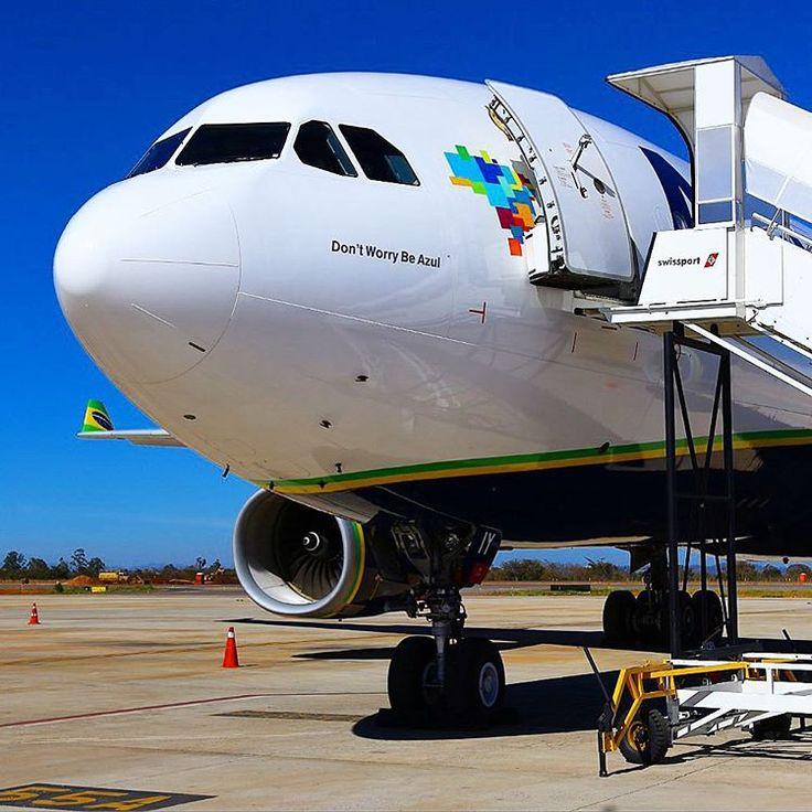 Airbus A330-200 da AZUL Linhas Aéreas PR-AIY em Confins nesta terça feira aguardando para decolar com destino a El Salvador para a reforma do interior. #cnf #cnfaovivo #bh #bhz #bhairport #bhairportcargo #aeroman #elsavador #azuldobrasil #azullinhasaereas #azulbrazilianairlines #airbus #a330 #minasgerais