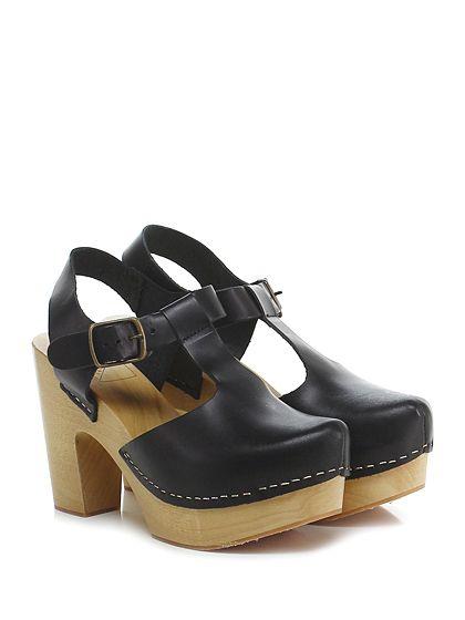 Antidoti - Sandalo alto - Donna - Sandalo alto in pelle con cinturino e suola in gomma. Tacco 105, platform 40 con battuta 65.  - NERO - € 135.00