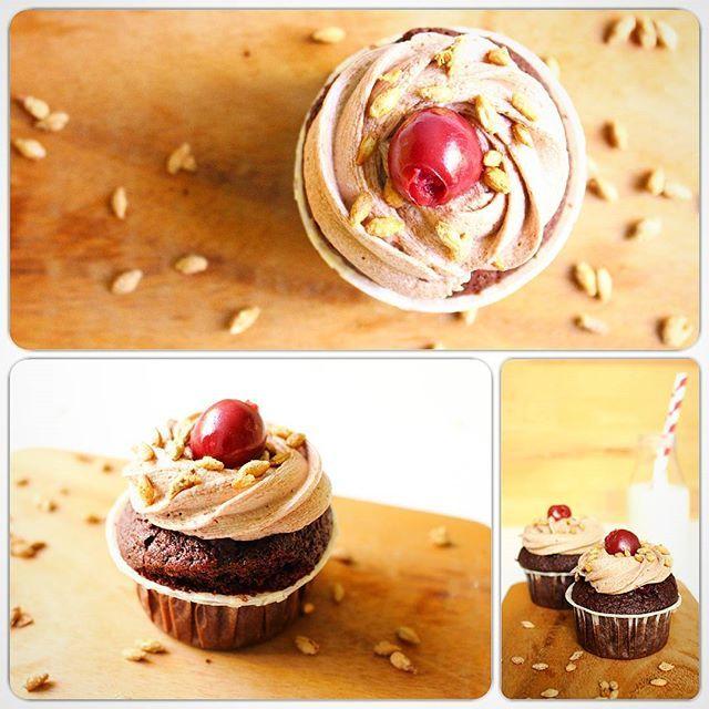 Schoko-Bier-Cupcakes mit Kirschfüllung #Schoko #Bier #Malzbier #Kirschen #Cupcakes #backen