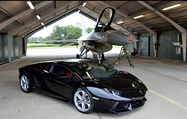 Lamborghini Aventador vs F-16 Falcon