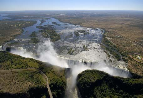 Victoria Falls- absolutely amazing in person!: Thunder, Bucket List, Zimbabwe, Zambia, Victoria Falls, Places, Travel, Africa