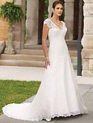 Dresses A-line V-neck Court Train Lace-up Satin... – GBP £ 218.99