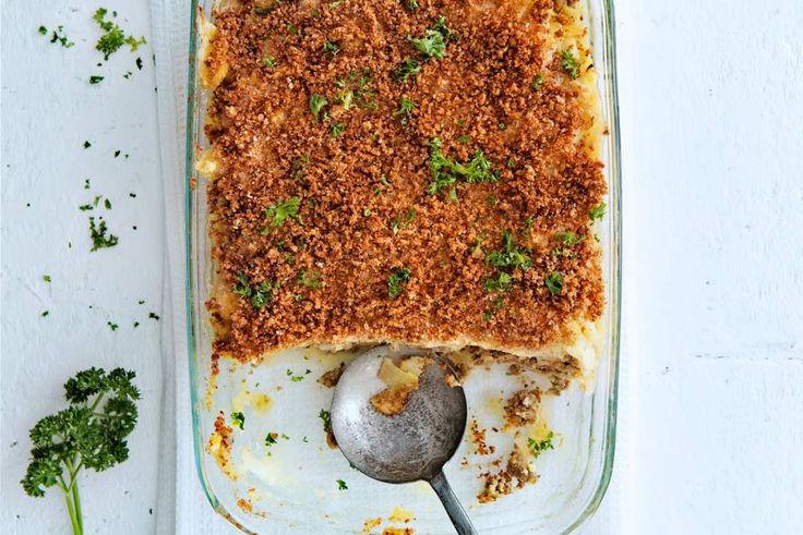 02 Maart - Appelmoes + kruimige aardappelen in de bonus = een oer-Hollandse ovenschotel die gegarandeerd lekker smaakt.- Recepten - Allerhande