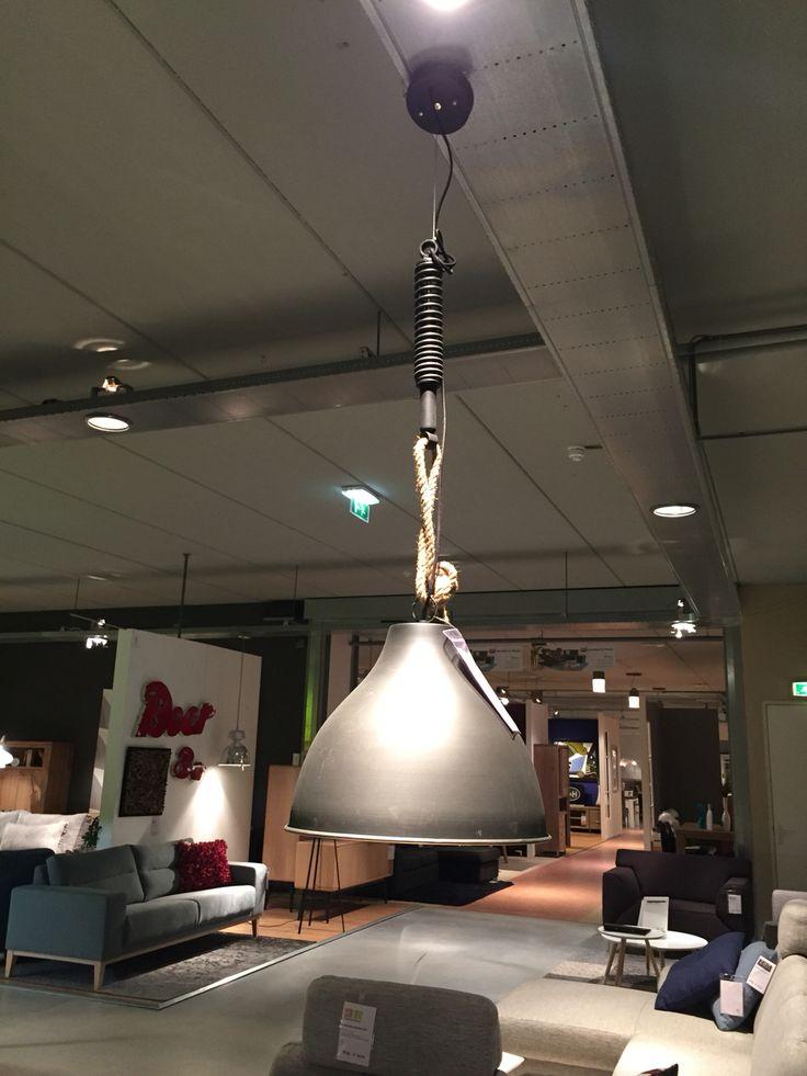 Lamp met ketting en touw