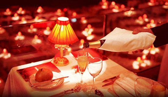 Diner spectacle du Moulin Rouge - Menu au Champagne
