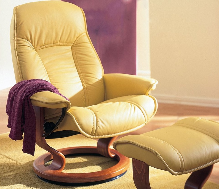 The Ekornes Stressless Governor Recliner With Matching Ottoman. Comes In  Two Sizes And A Variety