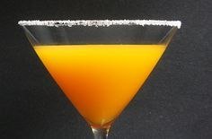habanero and passion fruit martini - easy to make with a perfect mix of spicy and sweet! | @the wicked noodle