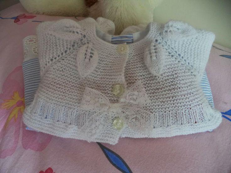 ganchillo y tricot...anamary: PAP...chaquetita canesu hojas