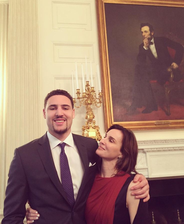 Klay Thompson and his mom at the White House on February 4, 2016.
