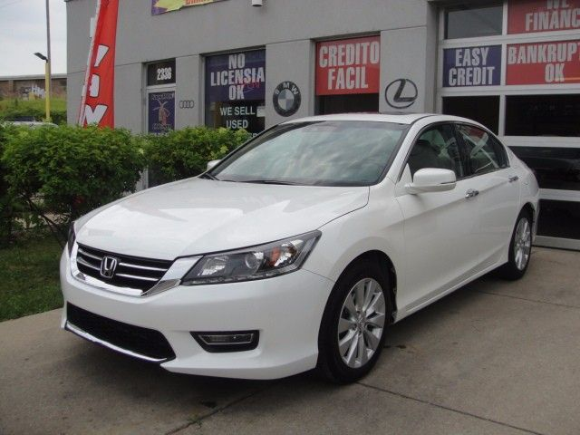 Used 2013 Honda Accord EX-L V6 Sedan AT for Sale in Chicago  IL 60639 Cars R Us Chicago