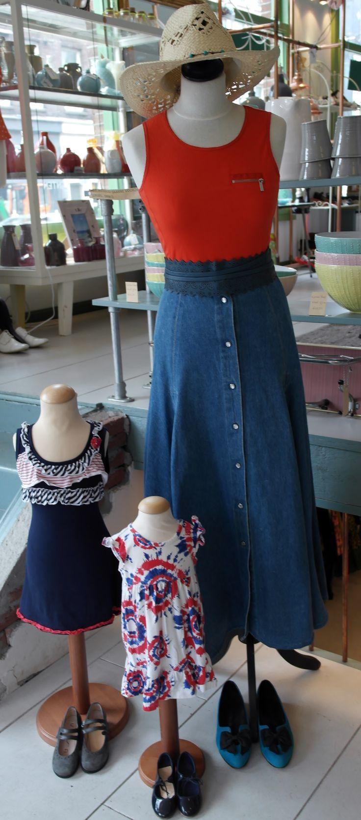 Dresses, skirts, tops, shoes, bags & hats! heart-emoticon Allemaal bij Venten! #venten #amsterdam #sale #uitverkoop #rood #geel #blauw #ceintuurbaanamsterdam