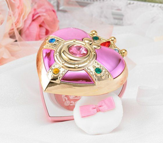 """sailor moon"" ""sailor moon compact"" ""sailor moon toys"" ""sailor moon merchandise"" ""sailor moon locket"" ""cosmic heart"" compact blush powder ""creer beaute"" ""miracle romance"" anime japan shop makeup cosmetics"