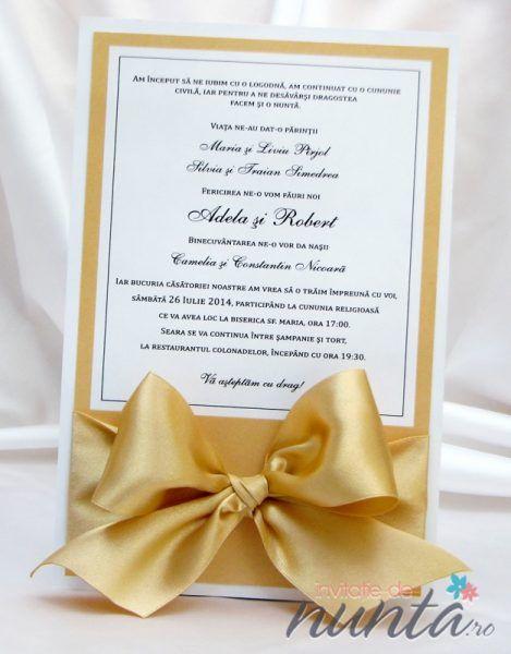 Invitatie de nunta cu chenar auriu si funda satinata.