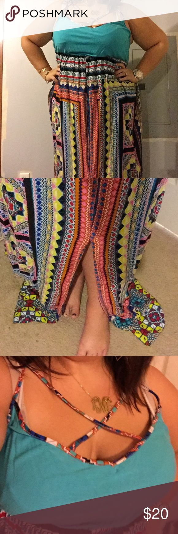 Tribal maxi Tribal maxi. Adorable and amazingly flattering on. So comfortable and flowy. New without tags. Dresses Maxi