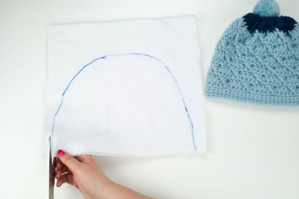 line a hat with fleece fabric