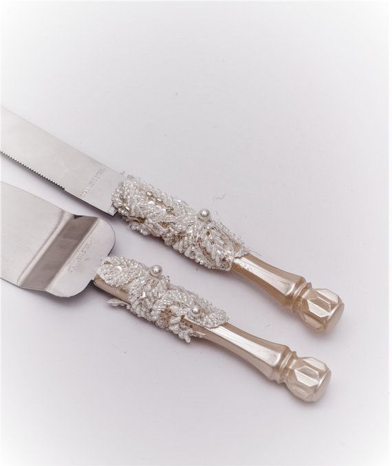 Rustic Wedding Cake Server Set Wedding Cake Knife Knife Cake Cutting Set Cake Servers Wedding Pearl Ivory Cake Server rustic knife set of 2  See other wedding decor in this style:   https://www.etsy.com/listing/491991286/personalized-wedding-flutes-wedding?ref=listing-shop-header-1  https://www.etsy.com/listing/491992324/personalized-wedding-glasses-and-cake?ref=listing-shop-header-0  for the manufacture of your order I will need 3-4...