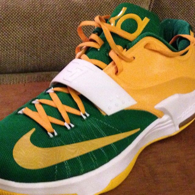 new arrival 6c3c3 0c839 Nike Dunk High NFL Green Bay Packers iD Custom Kids Shoes - White KD7 ...