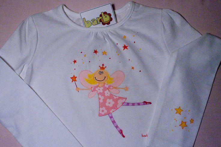camiseta pintada a mano hada