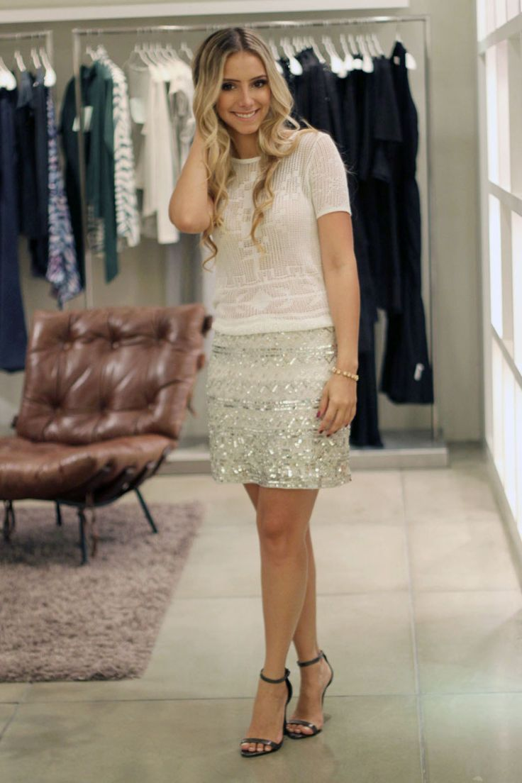 look-ateen-reveillon-saia-paete-bordados-prata-ateen-camisa-tricot-branca-ateen-sandalia-iorane: