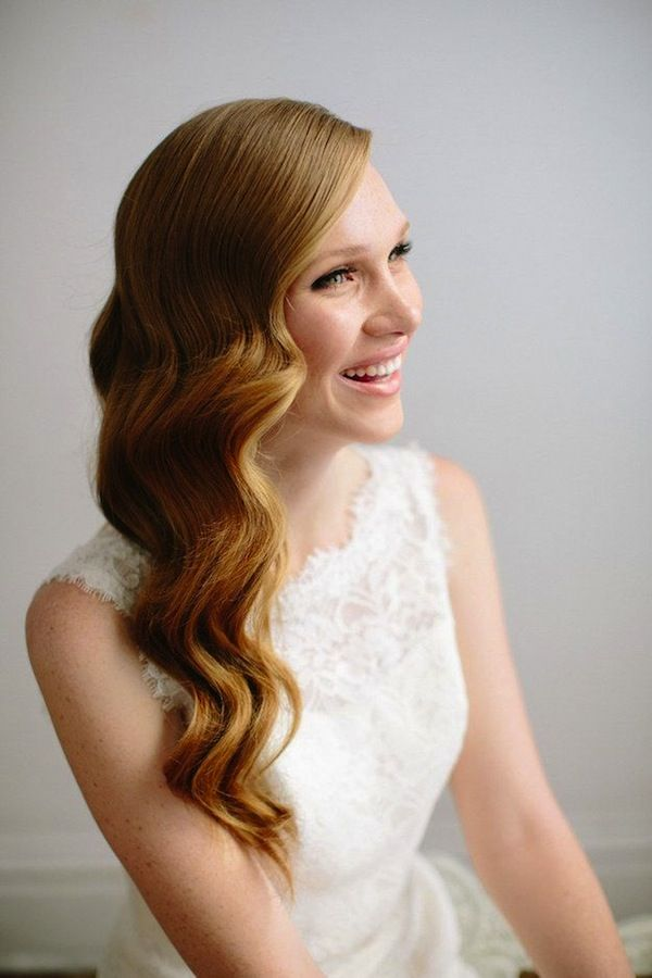 Old Hollywood { Wedding Hair Inspiration } - Modern Weddings Hawaii #vintage #retro #hairstyle #bridal #wedding #bride #style