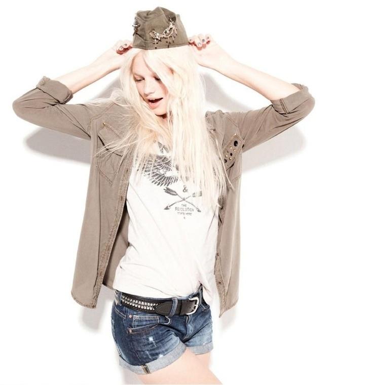 Lookbook Bershka chica. http://www.ofertia.com/tiendas/bershka