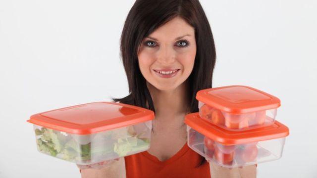 Kvalitné dózy na potraviny môžete dať nielen do mrazničky a do mikrovlnnej rúry, ale aj do umývačky.