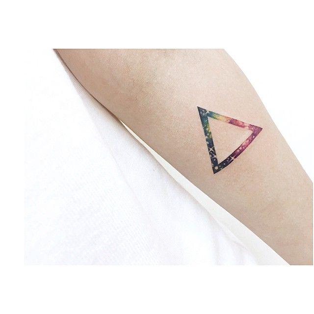 Triangle Galaxy; by 타투이스트 바늘 TATTOO