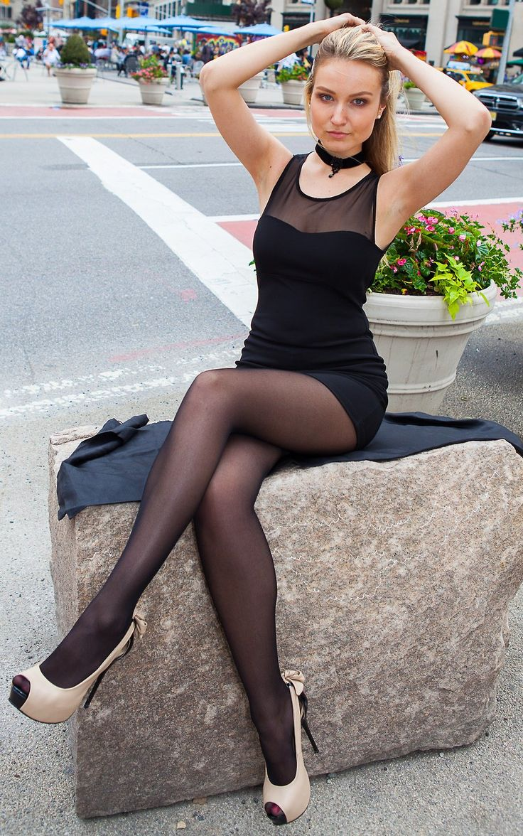 pantyhose dating
