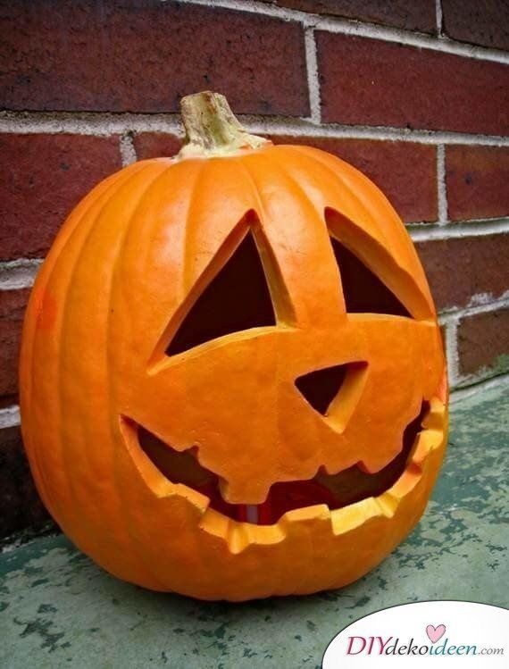 How To Carve Pumpkin Great Diy Ideas And Tips Carving Pumpkin Instructions Carving Hallowe 2020 Creative Pumpkin Carving Pumpkin Carving Easy Pumpkin Carving