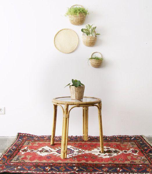 die besten 25 glastisch rund ideen auf pinterest borddekoration pavillon f r die. Black Bedroom Furniture Sets. Home Design Ideas