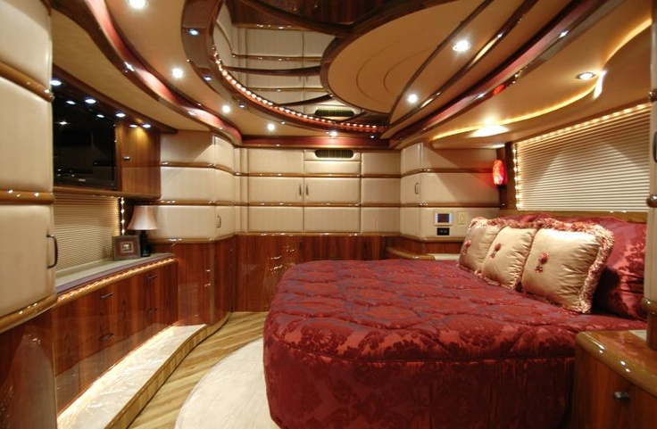 Georgia Luxury Motors >> 2011 Liberty Coach Elegant Lady #758-A | Custom Coaches ...