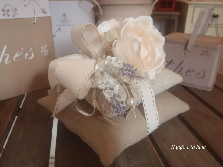 Coppia cuscini stoffa con fiori profumati