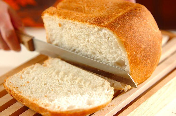 普通の食パンを焼く生地ですが、自然な甘みがくせになります。